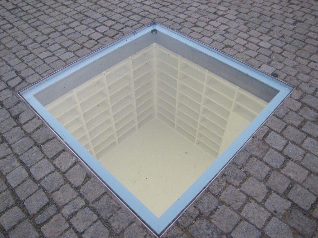 A Biblioteca vazia em Berlim